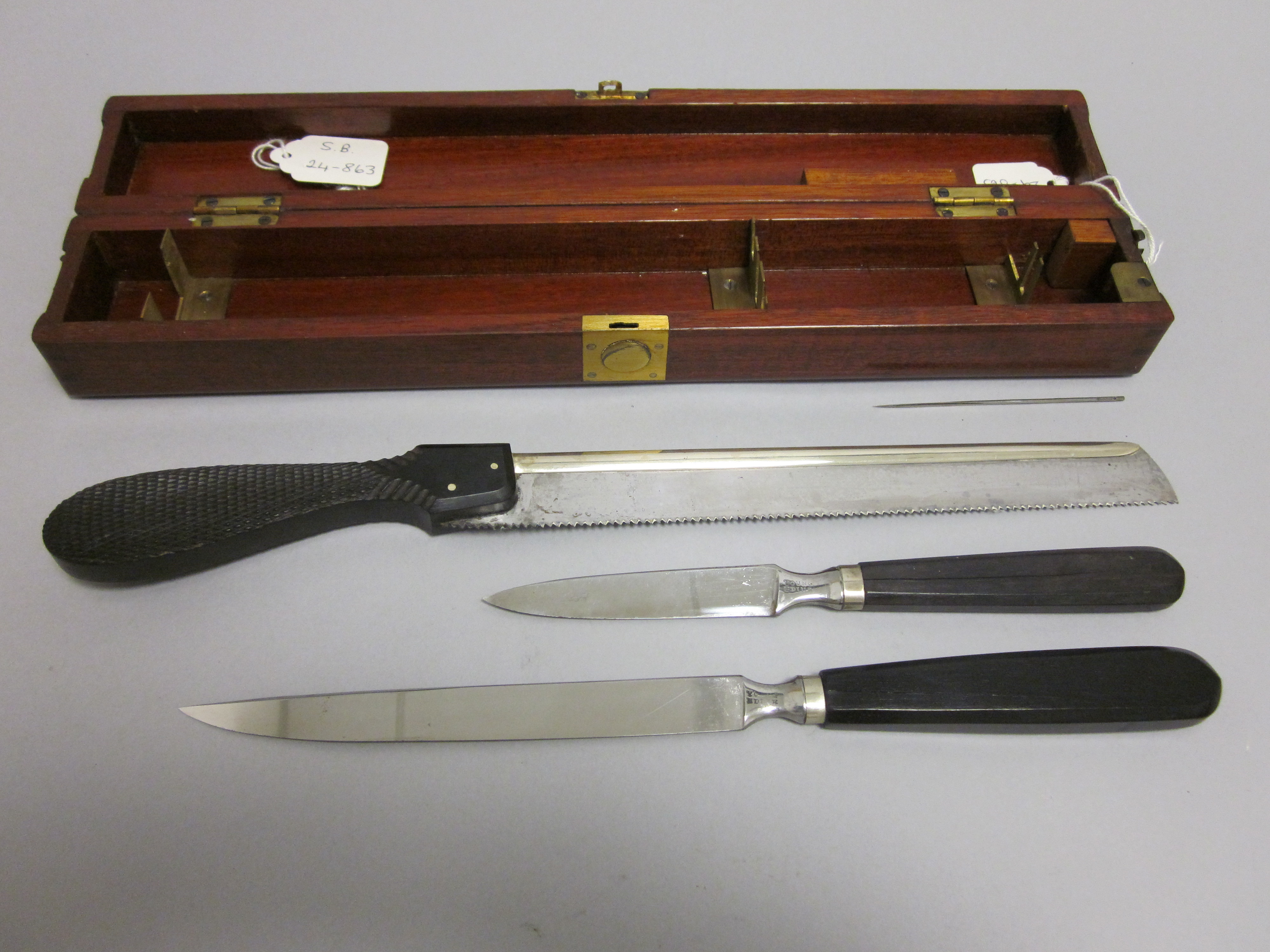 James Syme's Amputation knives and saw
